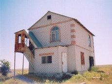 Дача - дом 2-х этажный, участок 6 сот. в Крыму возле моря