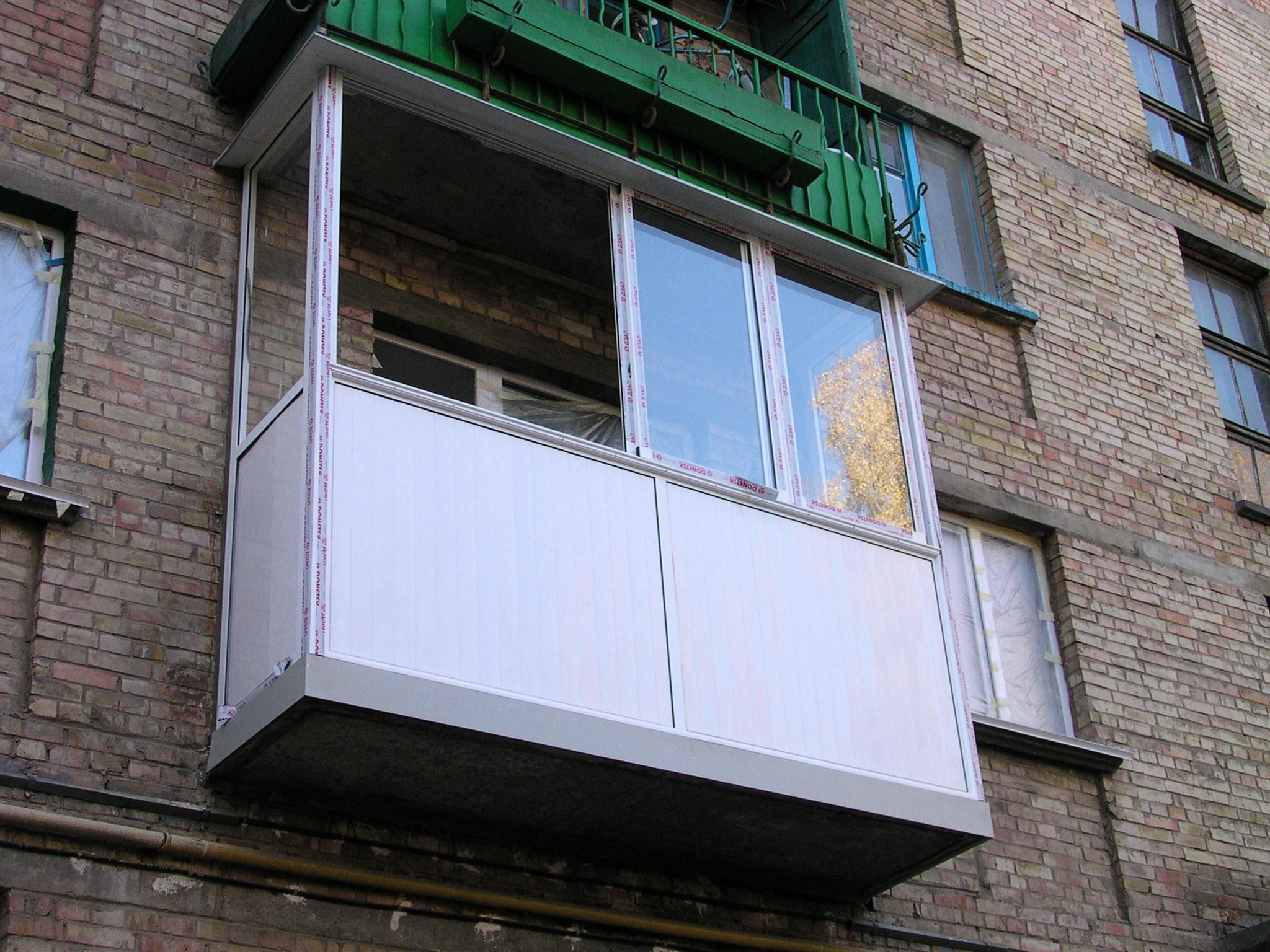 """Оконная рама на балкон цена от 15168руб. балконные рамы :: """"."""