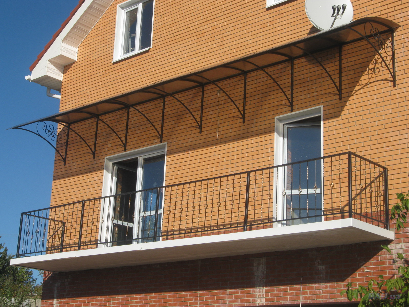 Поликарбонат балкон ограждение..