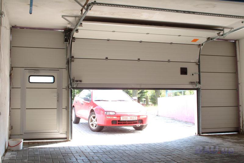 Монтаж автоматических гаражных ворот 59