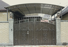 Ворота кованые, сварные, решетчатые, арочные под заказ