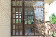 Дизайн Пласт® предлагает двери металлопластиковые